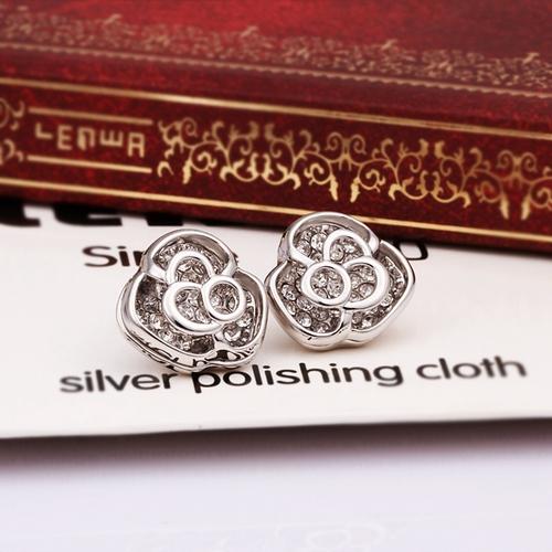 Обeци НИКОЛЕТА, 18К бяло злато, колекция Zerga Brand, Код 18KG E61119