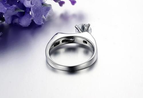 Пръстен ЕЛЕГАНС-А, стомана с инкрустирани циркони. Годежен пръстен! Размери 6, 7 и 8, Код 316L R008-A
