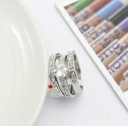 ZG R806 ТРОЕН пръстен Swarovski, колекция Zerga - покритие от бяло злато