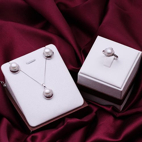 Комплект ПЕНЕЛОПЕ бижута от Колекция Перли Caprice. 3 части, CPR S04033