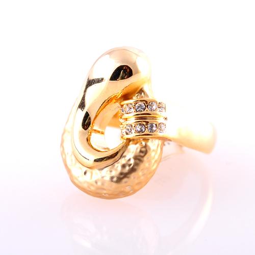 Пръстен ДИВА с Австрийски Кристали и 18К Жълто Злато, Размер: 7, UB Boutique #UB R043